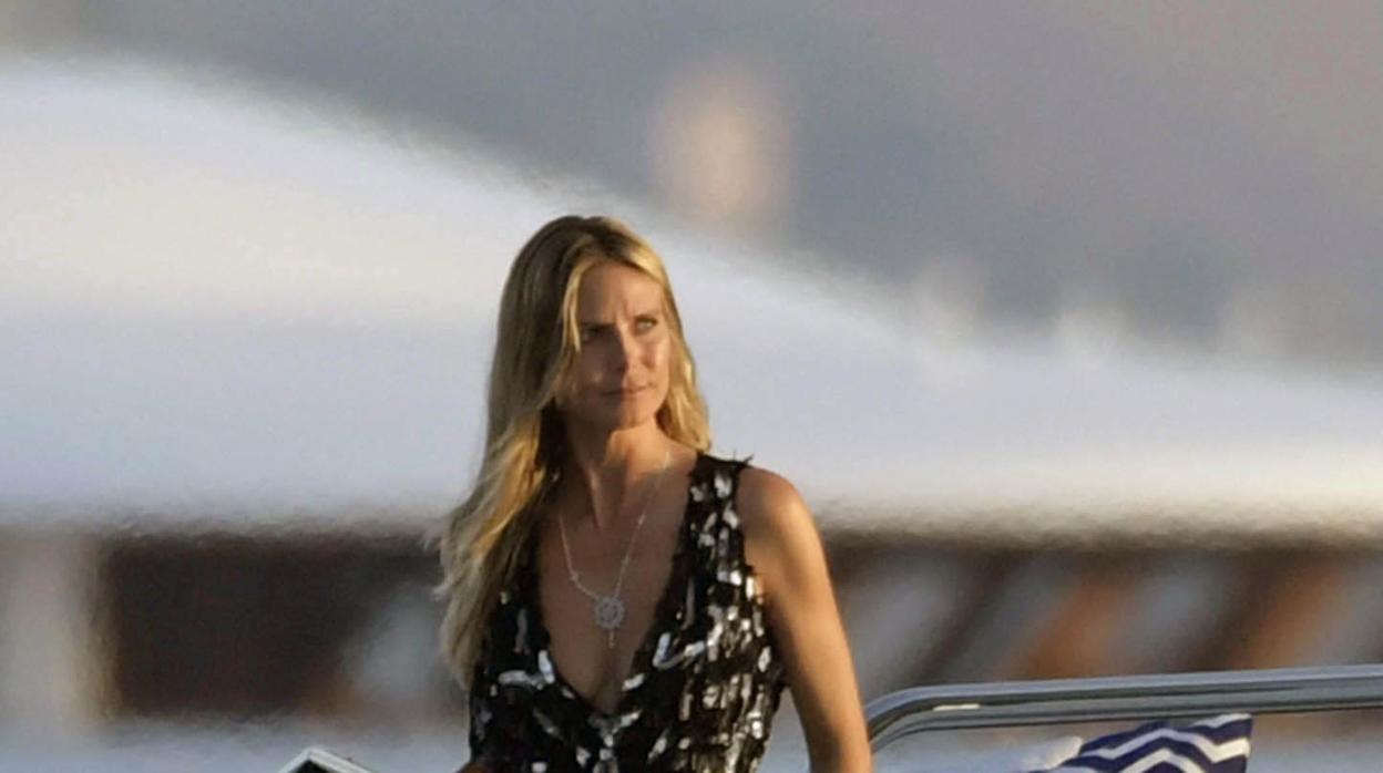 Heidi Klum, una «sirena» en Cerdeña