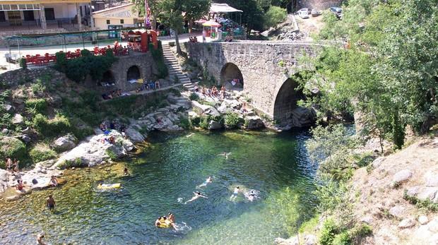 Este paraje cacereño del río Tiétar Cragnolini lo compara con «los arroyos que tanto disfruté en mi juventud, en los Valles de Punilla o Calamuchita»
