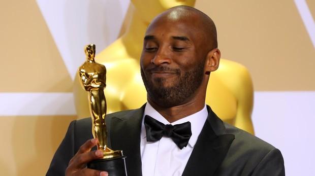 Bryant ha ganado este año el Oscar al mejor corto animado por «Querido baloncesto»