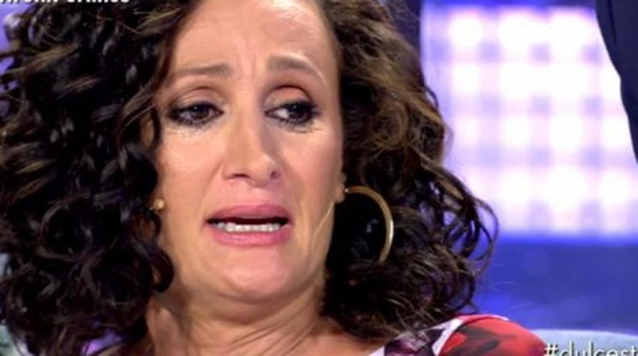Dulce, atendida por el servicio médico después de su polémica entrevista contra Isabel Pantoja