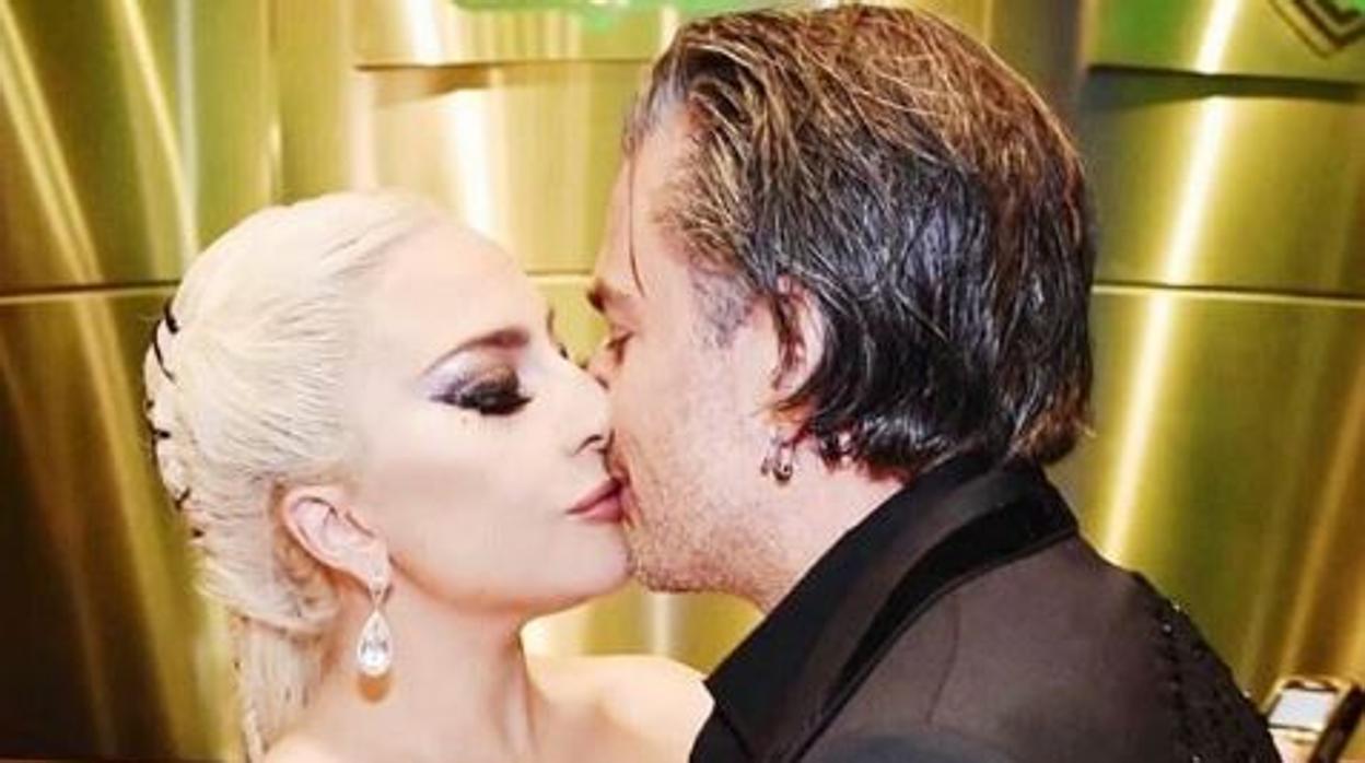 Así es Christian Carino, el futuro marido de Lady Gaga