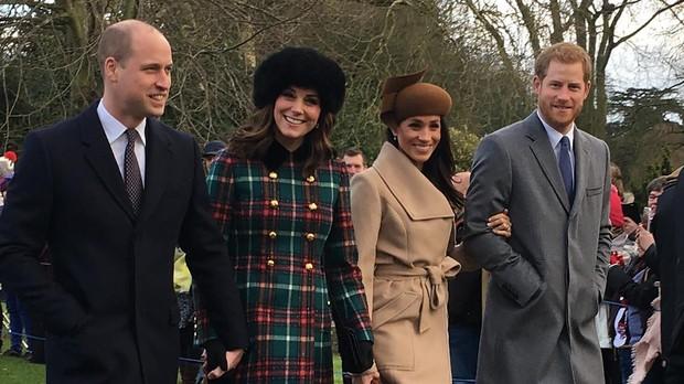 Los Duques de Cambride y los Duques de Sussex la pasada Navidad