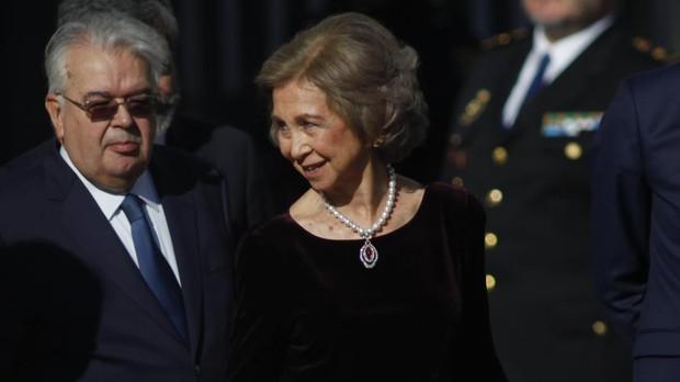 La Reina Doña Sofía a su llegada ayer al Congreso de los Diputados