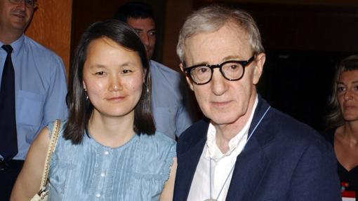 El cineasta y su actual mujer Soon Yi Previn