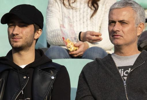 Mourinho junto a su hijo