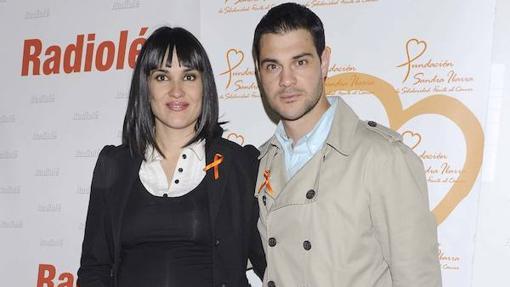 Irene Villa y Juan Pablo Lauro durante un acto solidario en Madrid