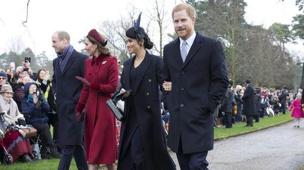 Los Duques de Cambridge y los Duques de Sussex, camino a la iglesia de Santa María Magdalena