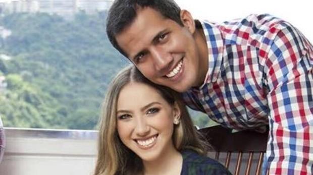 Juan Guaidó y su esposa Fabiana Rosana
