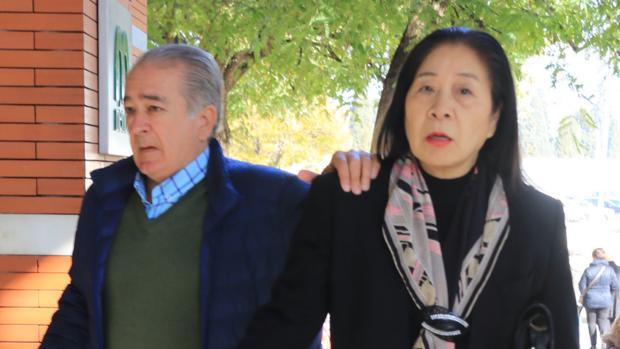 Bernardo Pantoja y su ya mujer, Junco