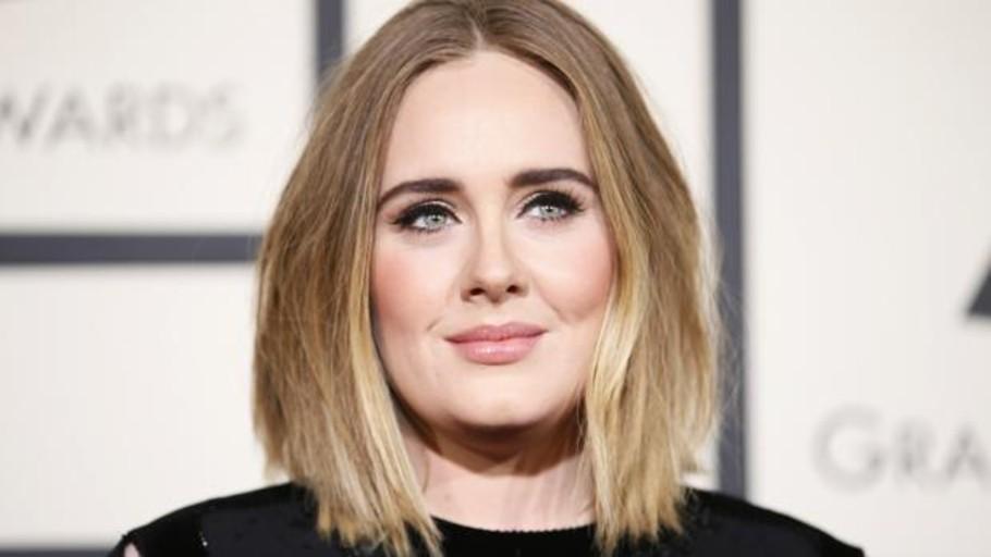 Adele se separa después de tres años de matrimonio