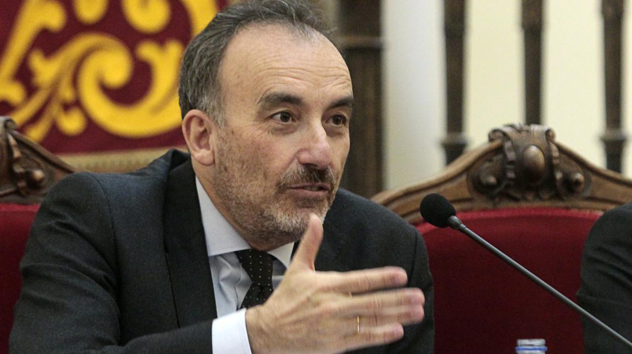 Las camisetas del juez Marchena con sus frases más famosas que están arrasando en toda España