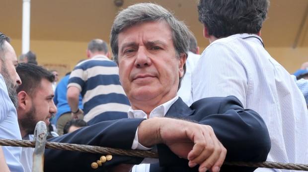 Cayetano Martínez de Irujo, operado de urgencia