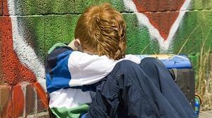 La Fundación ANAR alerta de un aumento de las autolesiones e ideas de suicidio entre los adolescentes