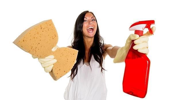 Las tareas domésticas que más odian los españoles