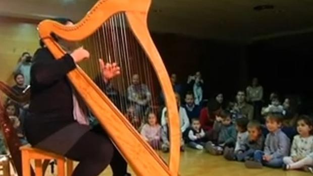 Música para bebés, con el arpa como instrumento protagonista