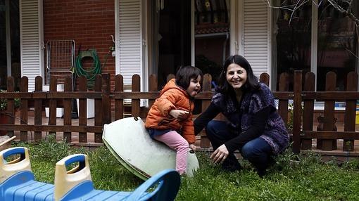 Alejandra Robelo, «madre de día» en el Nido de Aravaca, (Madrid)