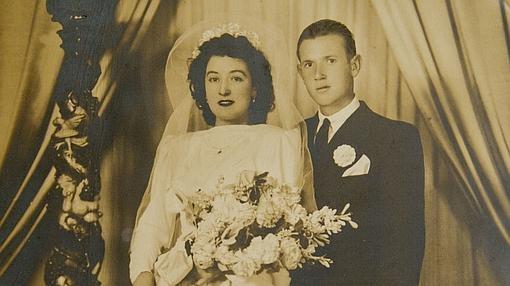Foto de la boda de Macarena y Antonio, en 1951