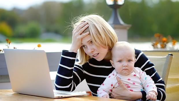Todo lo que debes saber para ser mujer, madre y trabajadora... y no morir en el intento