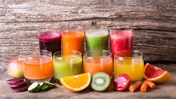 Resultado de imagen de zumos y frutas cortadas
