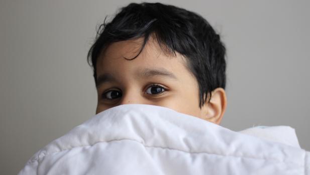 Tácticas para que tu hijo no se haga pis en la cama por la noche