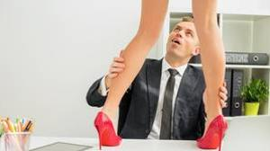 Los amores en la oficina ya no están tan de moda