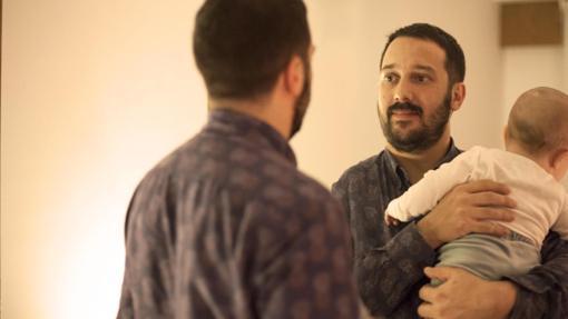 DÍA DEL PADRE:  Javier: «Queremos ser padres más conscientes, responsables, equitativos, respetuosos y activos»