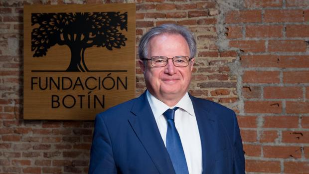 Francisco Romo, director del Colegio San Ignacio de Loyola de Torrelodones, en la Fundación Botín
