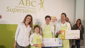 Juan, Jacobo y Pablo Peñalver con Pilar Sainz, directora de Comunicación de Vocento