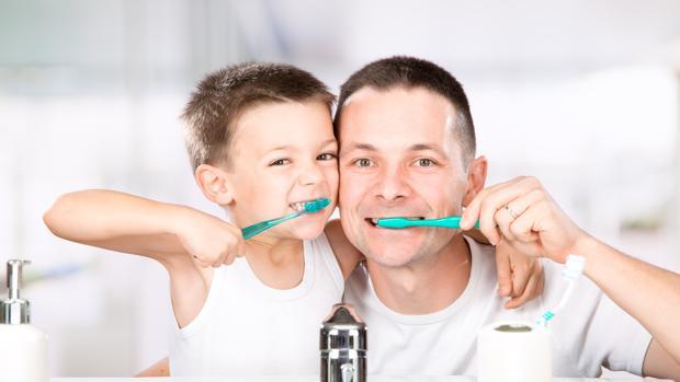 Las 8 cosas que tienes que hacer para que tu cepillo de dientes no tenga bacterias