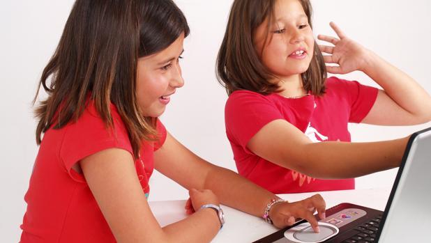 Mujeres en carreras tecnológicas, ¿por qué hay pocas?