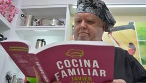 «Mi libro de recetas es para los que se preguntan ¿qué cenamos hoy en casa?»