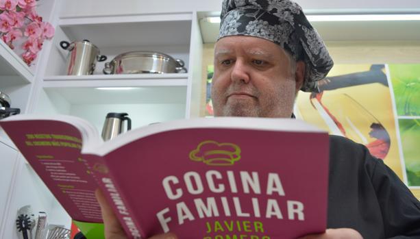 «Mi libro de recetas es para los que se preguntan a diario ¿qué cenamos hoy en casa?»