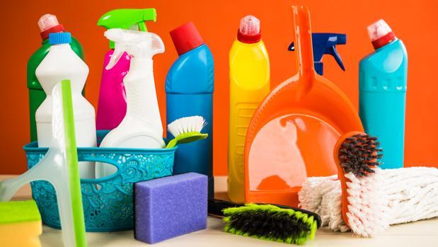 Los productos de limpieza, las velas o freír alimentos también contaminan el aire doméstico