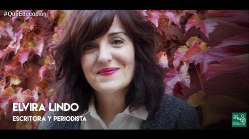 Elvira Lindo protagoniza el primer vídeo