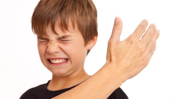 6747f43ffe Pautas para mejorar la comunicación con los hijos y evitar la violencia en  casa - Vídeo  ABC Familia. «