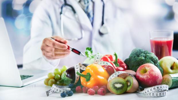 Una guía recoge el consenso profesional para que los alimentos sean una herramienta terapéutica.