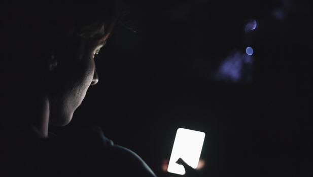 Manuel (16 años): «No hace falta buscar pornografía, navegas por internet y te encuentras con ella»