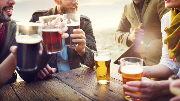 El abuso del alcohol, relacionado con la osteoporosis.