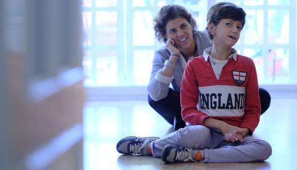 Eloisa y Lucas, que padece una enfermedad rara