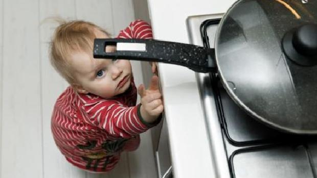 Hay que limitar el acceso de los niños a la cocina y siempre bajo supervisión