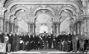 Solemne sesión inaugural Celebrada el domingo en el teatro Reina Victoria