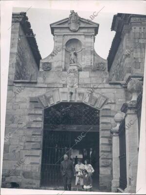Entrada del antiguo hospital de san Juan