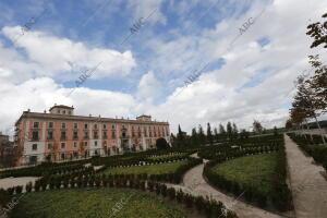 Reportaje de las obras de remodelación del Palacio del Infante Don Luis en...