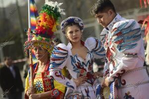 Celebración del carnaval boliviano de Oruro en el barrio de Usera
