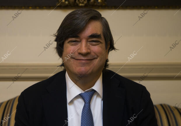 Entrevista Al Periodista Y Escritor Peruano Jaime Bayly Archivo Abc Spending too much time in soccer games at school, his low academic. entrevista al periodista y escritor