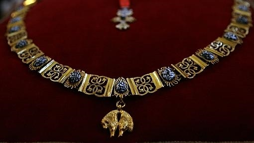 Imagen de un collar de la Orden del Toisón de Oro
