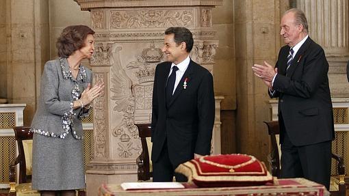 Nicolás Sarkozy recibió la orden siendo presidente de Francia