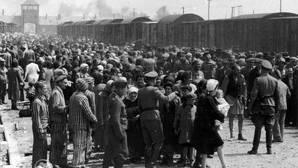 Los crueles «cuestionarios de la muerte» nazis para cazar judíos