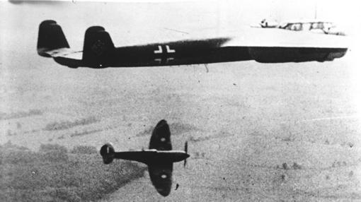 Combate entre un Spitfire y un Dornier DO 17