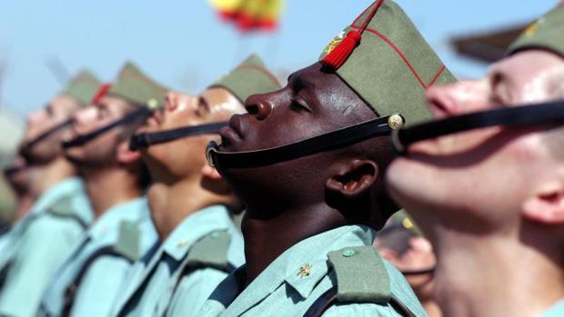 Fotografía de archivo de soldados de La Legión en una base española en Irak